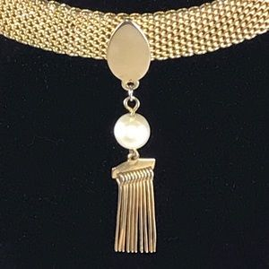 Jewelry - Mesh choker with vintage fob & pearl dangle